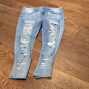 American Eagle Ripped Jeans (size 12)